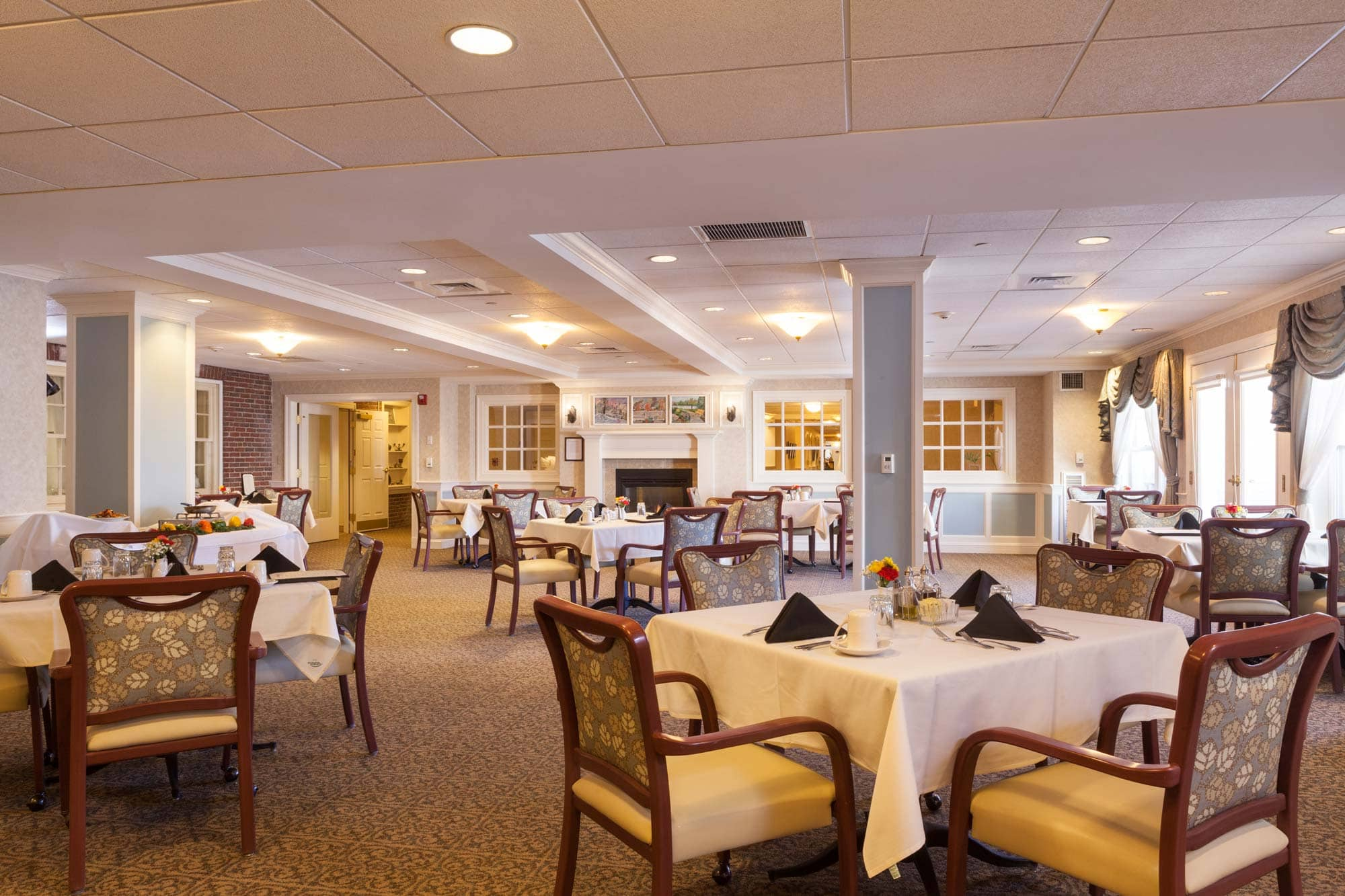 A wide view of the 4th floor dining room